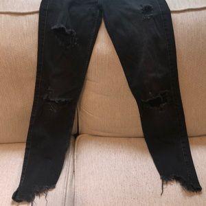 Zara Jeans - Black ripped jeans 🎧🖤